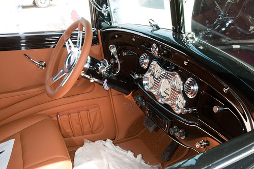 1933 Chrysler - Interior