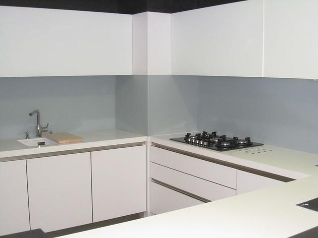 Cocina ba os y encimeras de cristal vidreglass - Cocina con pared de cristal ...