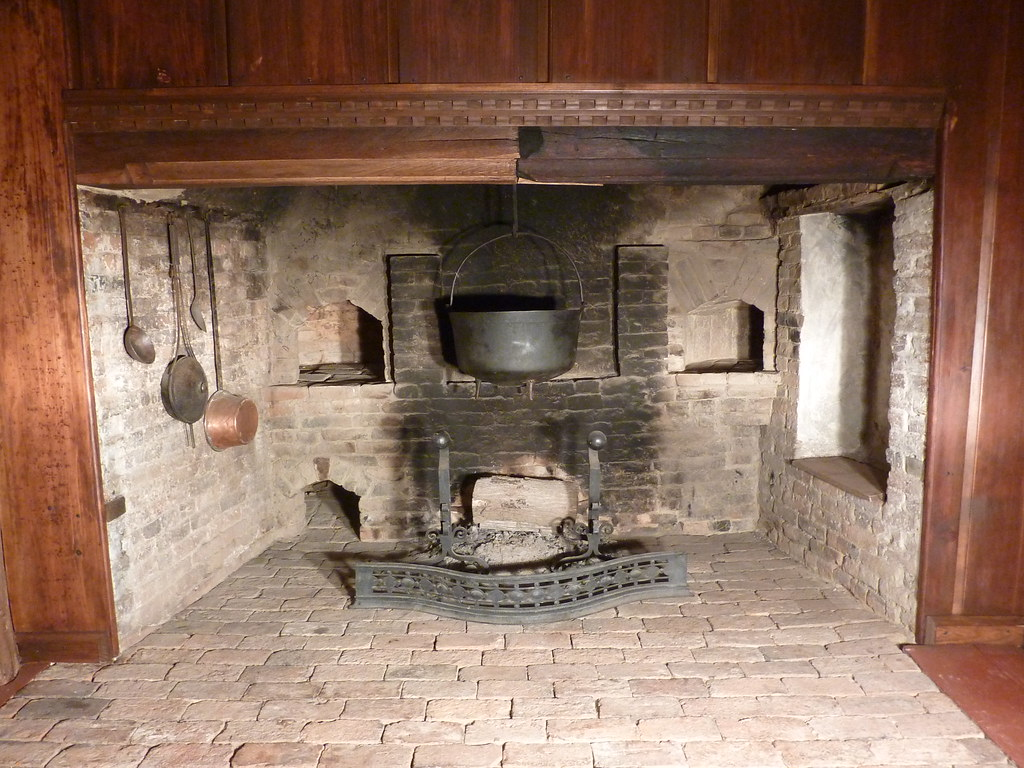 lummus house hall inglenook fireplace with seat april 2010 a