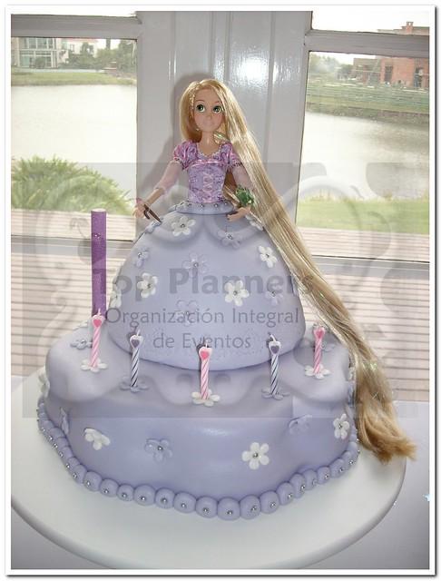 Tarta barbie rapunzel - YouTube - HD Wallpapers
