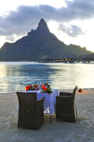 Romance on the beach InterContinental Bora Bora Resort & Thalasso Spa