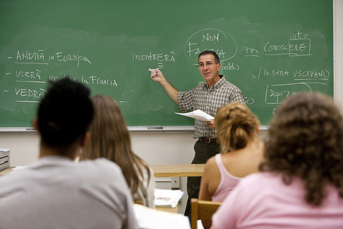 Prof. Joseph Falvo teaching Italian to one of his classes.
