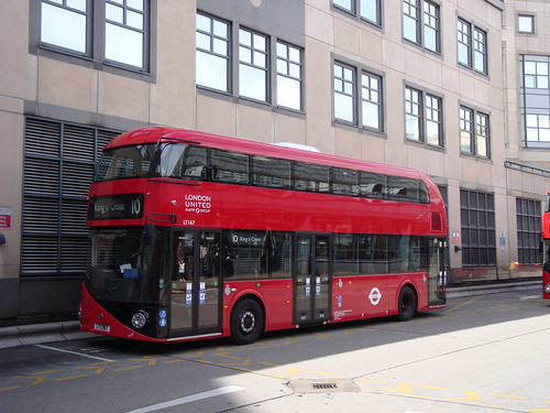 London United LT167 on Route 10, Hammersmith
