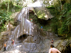 water feature(0.0), sports(0.0), canyoning(0.0), waterfall(1.0), adventure(1.0), walking(1.0), recreation(1.0), outdoor recreation(1.0), formation(1.0), jungle(1.0),