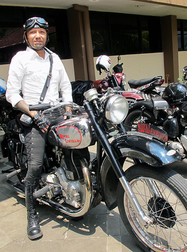 Me & my Royal Enfield 1947 500cc 2