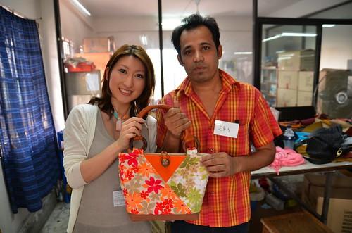 [マザーハウスバッグ制作ツアー] 四谷妹さんの花柄バッグ。