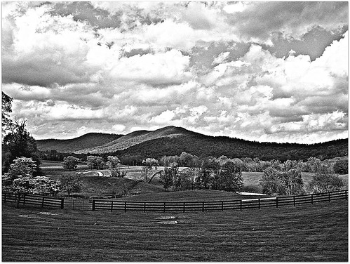ranch bw mountains nova clouds fence country va land dcist hillside hume northernvirginia marriottranch flipmode79