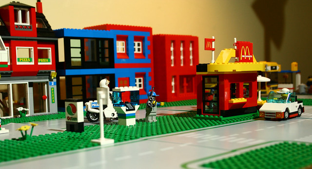 Lego - city street | Flickr - Photo Sharing!