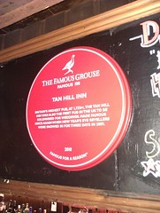 Photo of Tan Hill Inn, Tan Hill red plaque