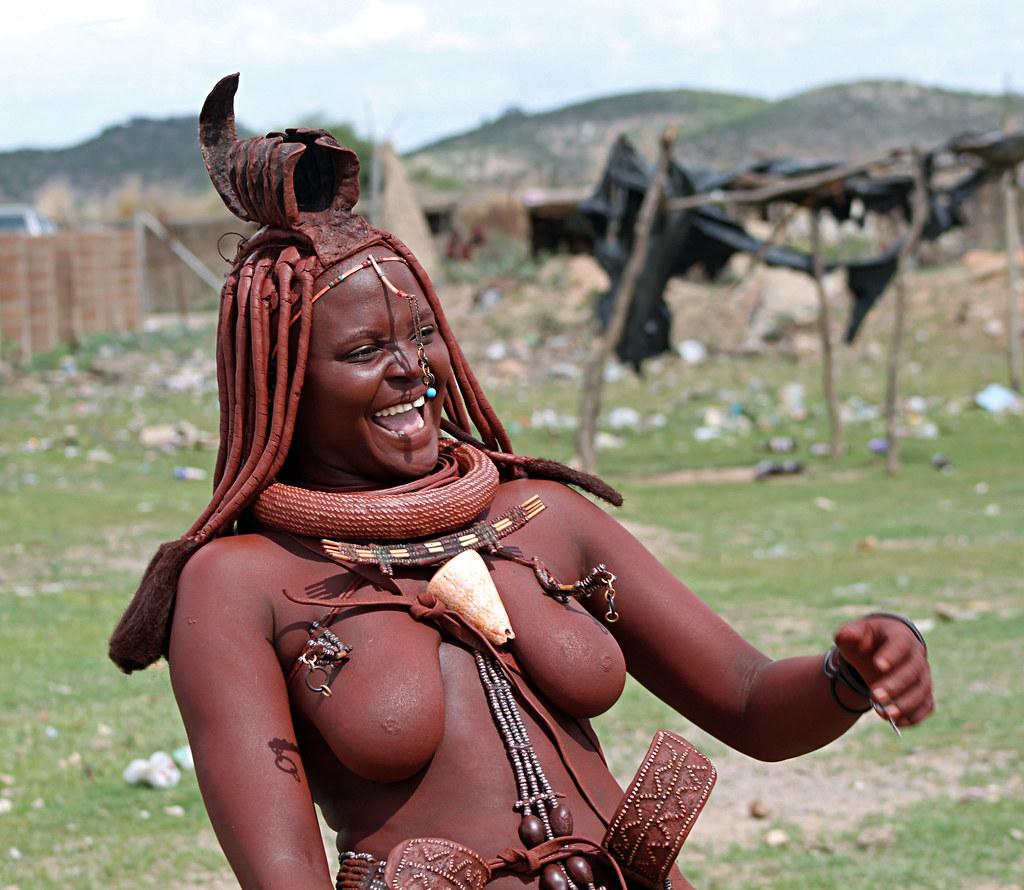 dikie-plemena-mira-golie-porno-s-analnimi-shtuchkami