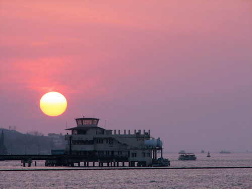 sunset sun india lake canon drive marine kerala walkway s2is cochin kochi marinedrive vembanad vembanadlake marinewalkway