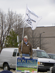 Ron Paul supporter at Minnesota Tea Party 2011 tax day protest