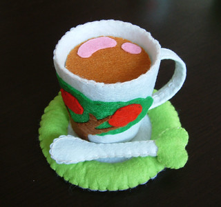 felt apple tea cup