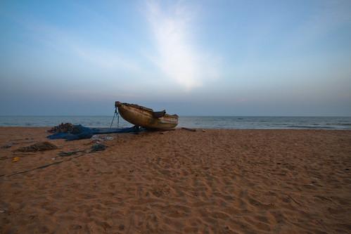 ocean africa sunset sea water boat westafrica togo geraint lome rowland fishingboatsandbeach2011