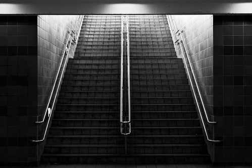 light white black station stairs train sweden steps rail sverige canonef35mmf2 linköping canoneos7d