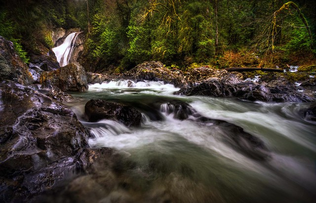 Lower Twin Falls and Upper Snoqualmie River HDR