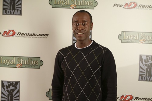 Don Cheadle plays poker for charity
