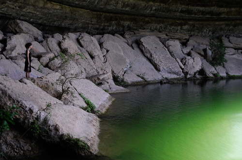 green nature water pool swim jade limestone grotto hamiltonpoolpreserve katielist