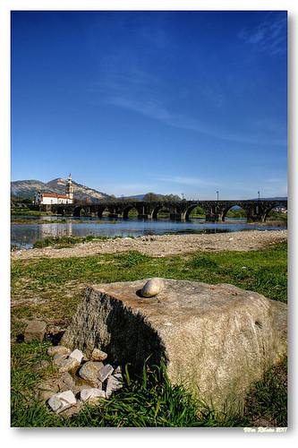 Ponte romana / medieval sobre o rio Lima #3 by VRfoto