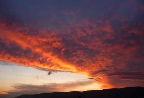 italien blue sunset red sky italy cloud rain night italia tramonto nuvole cielo thunderstorm rosso azzurro pioggia puglia notte tempesta leopardi gargano manfredonia flickraward flickrtravelaward