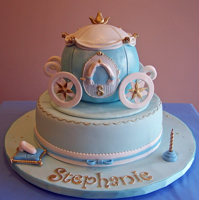 Cake Design Cinderella : Cinderella themed cake - carriage Flickr - Photo Sharing!