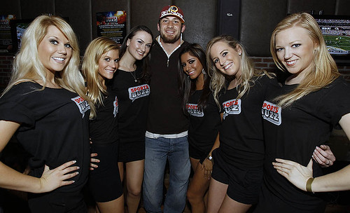 Chris Cooley at SportsBUZZ launch Public Bar DC with Emme Girls Models