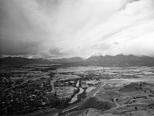 city mountain 120 spiral drive blackwhite high fuji view top delta 400 salida 1200 rodinal ilford overview mcferron ga645zi