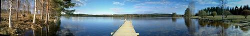 lake forest pier isokirja