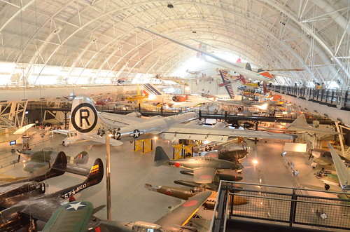 Steven F. Udvar-Hazy Center: View of south hangar, including B-29 Superfortress