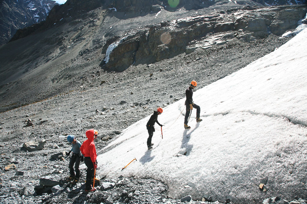 mountain climbing expedition rock ski schools mountain madness