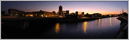 sunset panorama usa water minnesota skyline river downtown dusk pano panoramic rochester rochestermn zumbroriver mayociviccenter