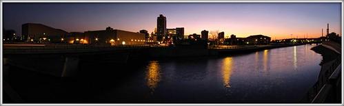 sunset panorama usa water minnesota skyline river downtown dusk pano panoramic rochester rochestermn zumbroriver mayociviccenter