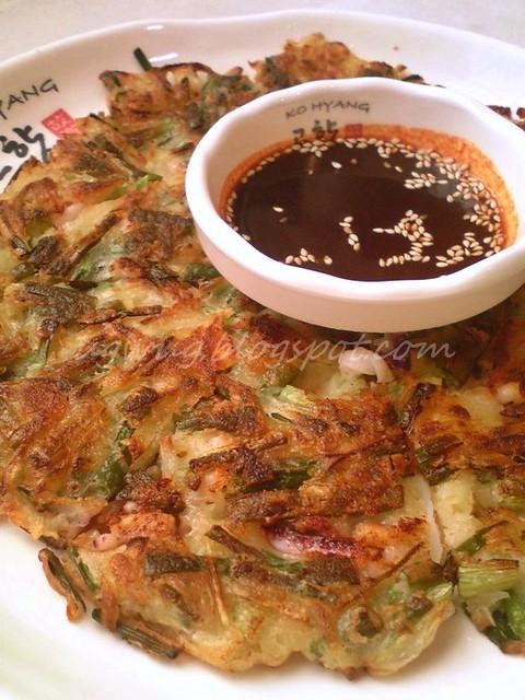 Pa Jeon (Seafood Pancake)