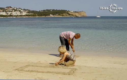 Family-Ibiza beach