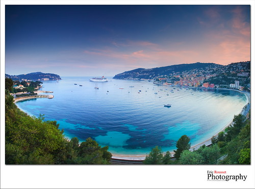 sunset panorama seascape france canon landscape photography boat spring europe wideangle côtedazur cruiseship bateau paysage canonef1740mmf4lusm frenchriviera alpesmaritimes 2011 villefranchesurmer provencealpescôtedazur singhray leefilter canoneos5dmarkii ericrousset leendgrad075 singhray3stopreversegndfilter