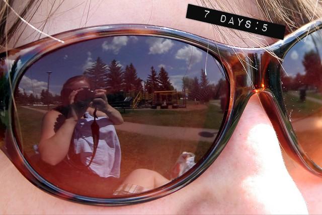 7 days :: 5 {white respite}
