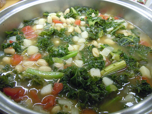 Cooking Vegetarian Kale Soup