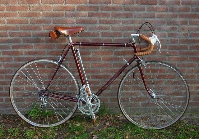 Vintage Bicycle Racing 83