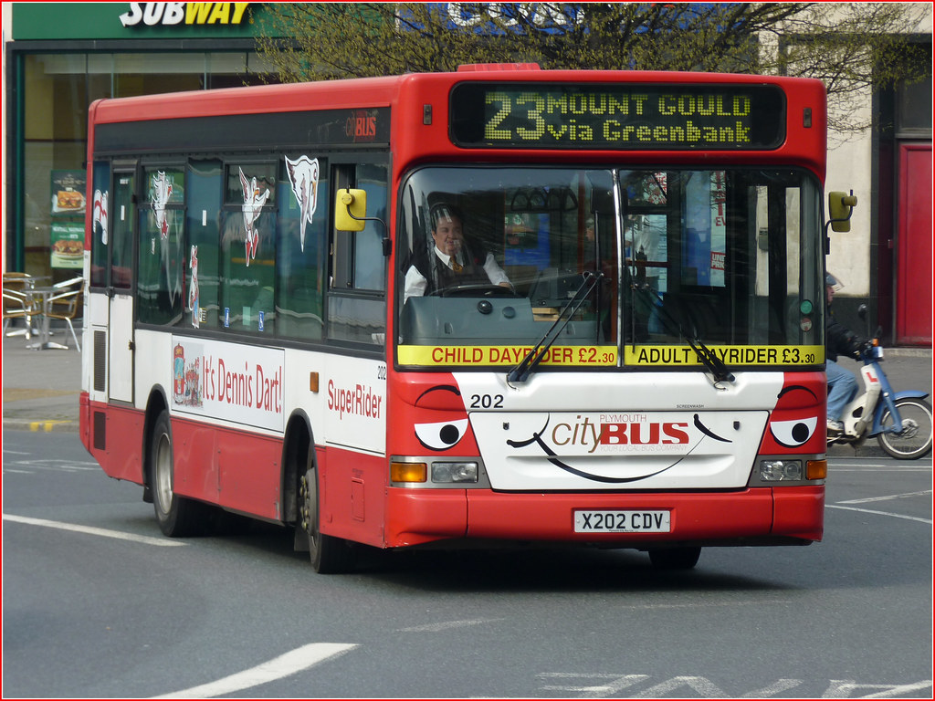 "Plymouth Citybus 202 X202CDV ""Dennis Dart"""