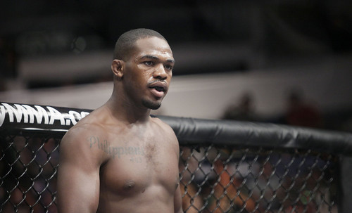 Jon Jones Issues Apology