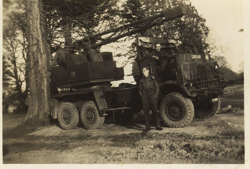 Crossley IGL8, WWII Mobile Coles Crane
