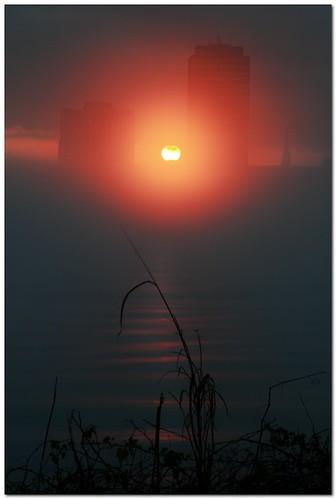 sun fog skyline sunrise buildings river landscape batonrouge mississippiriver mrgreenjeans gaylon canonef28135mmf3556isusm 95mm gaylonkeeling