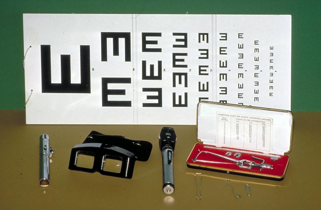 Equipment for eye examination    Photo: Jock Anderson  Publi…   Flickr