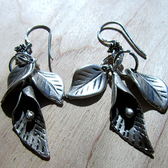 silver calla lily earrings