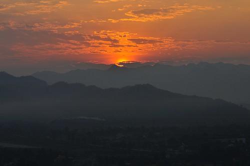 sunrise laos luangprabang