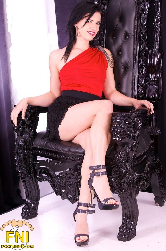 ... Footnight Mistress Justine Cross - Los Angeles Dominatrix   by Mistress  Justine Cross - Los Angeles