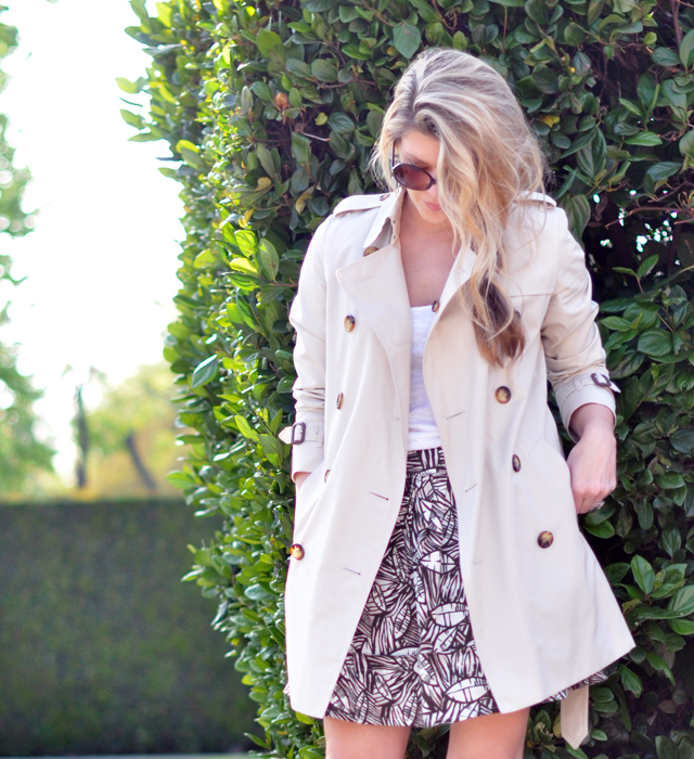 Burberry Trench coat with leaf skirt and messy side braid