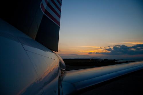 sunset aviation airplanes kingston jamaica planes caribbean boeing airports 757 boeing757 greaterantilles normanmanleyinternationalairport