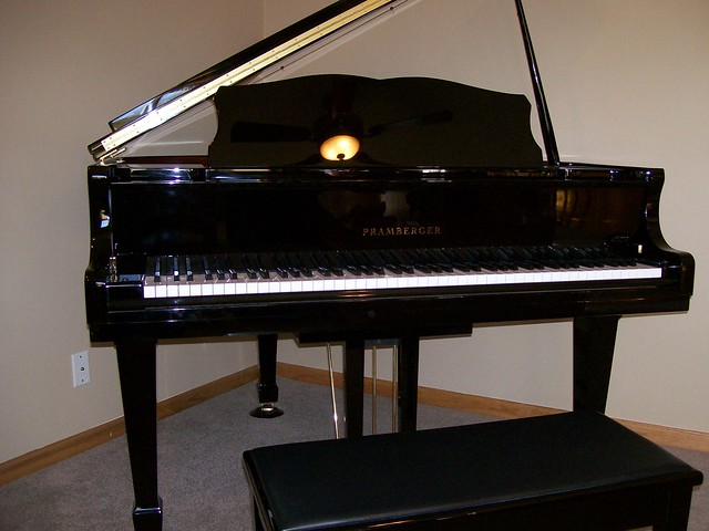 Grand Piano Definition Meaning