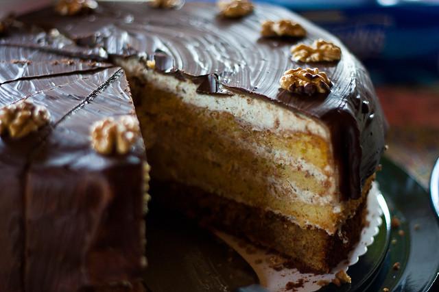 Marzipan-Walnuss-Torte